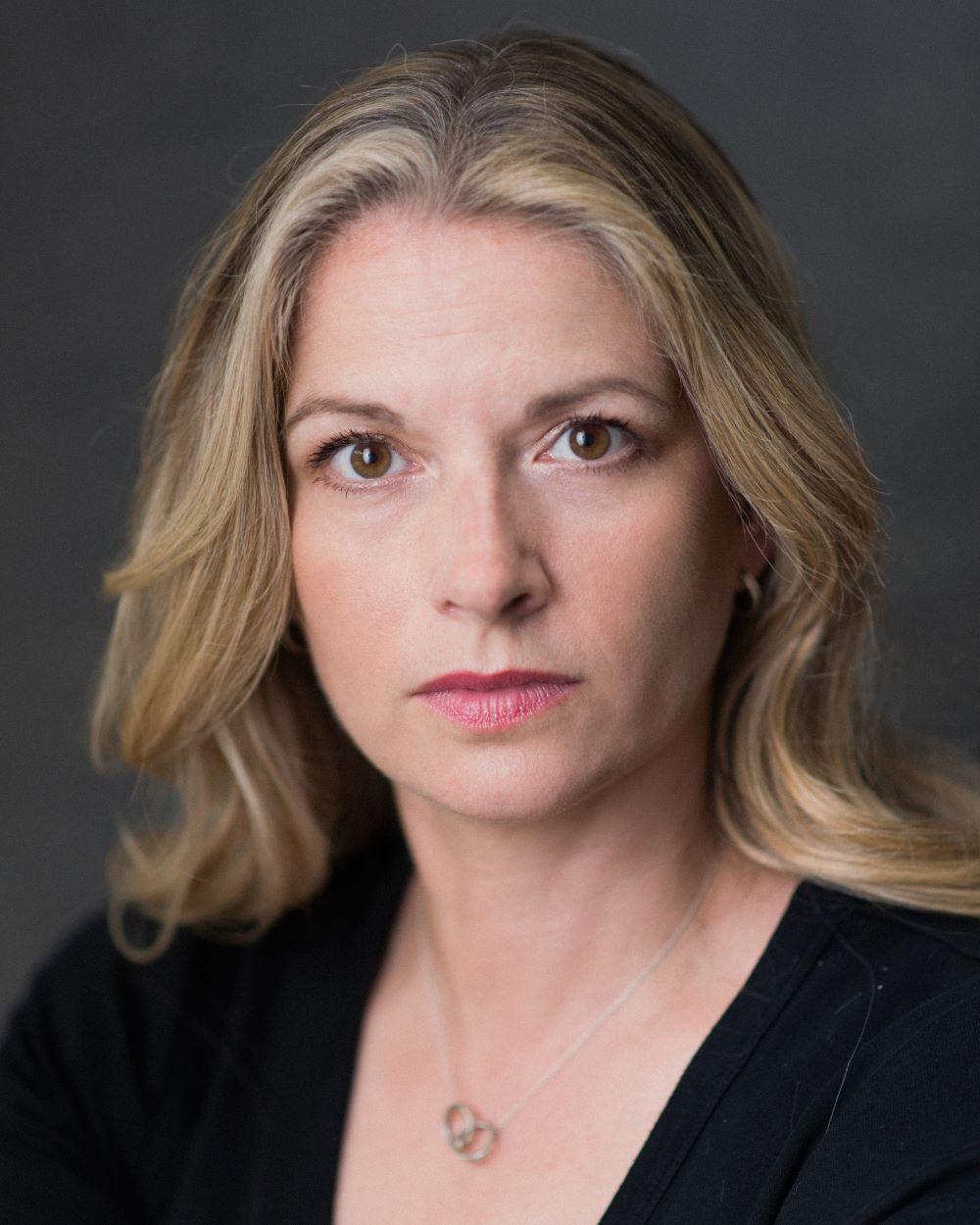 Caroline Sheen_Thrive Talent headshot 3