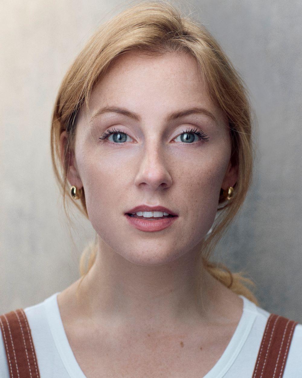 Stephanie Clift headshot Thrive Talent 2